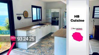 HB CUISINE – Cuisine en bois et laquée à La Possession